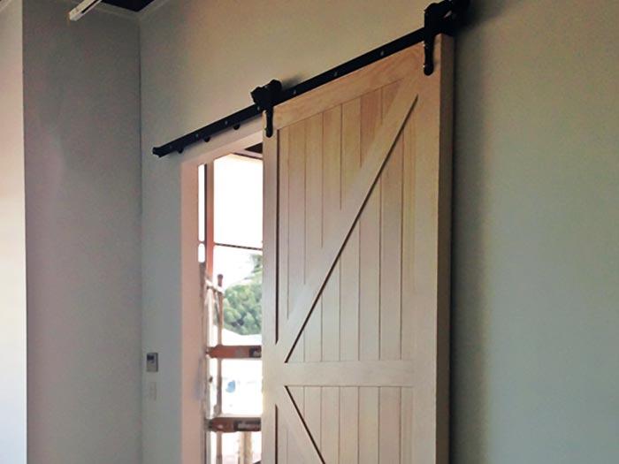 Barn Doors Opendoors